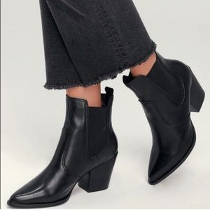 Steve Madden Patricia Black Leather Chelsea Boot